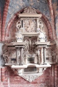 Grab Schönebeck