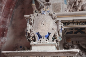 Wappen (zerfallen?) am Grab Schönebeck